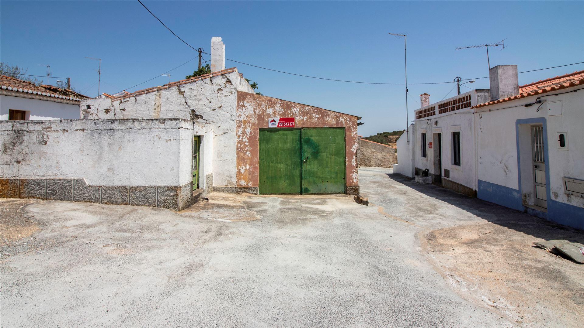 Garage to buy - Algarve, Mértola, Mértola